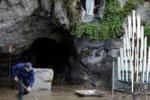 Inondata la grotta di Lourdes, il Santuario non riapre