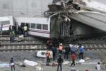 Treno deragliato in Spagna, le vittime salgono a 77