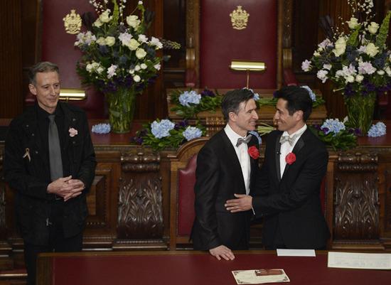 Scatta la legge celebrate in inghilterra le prime nozze for Prime case in nuova inghilterra