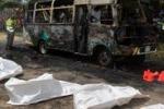 Strage di bambini sul bus in Colombia: le immagini