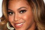 Beyonce' troppo sensuale: gli inglesi censurano il suo spot