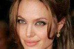 "Angelina Jolie: ""Vorrei andare a vivere in Africa"""