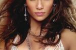 Jennifer Lopez: e' lei la donna piu' bella del mondo