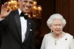 Brinda durante l'inno inglese: la gaffe di Barack Obama