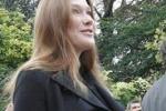 LA FOTO. Il pancione presidenziale di Carla'