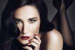 Demi Moore ritoccata al pc ringiovanisce per una pubblicita'