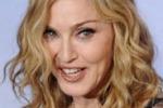 Stranezze da star. Madonna: via il mio Dna dai camerini