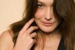 Carla Bruni di nuovo incinta a 44 anni: sono pazza di gioia