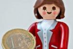 La Merkel diventa un giocattolo: eccola in versione Playmobil