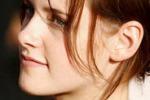 Stewart, vero il flirt con Sanders: l'attrice si scusa con Pattinson