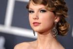 Taylor Swift torna sul set: vestiro' i panni di Joni Mitchell