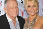 Hefner, il patron di Playboy sposa l'ex coniglietta Crystal
