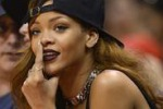NBA di Los Angeles, Rihanna tifosa dei Lakers