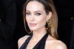 Angelina Jolie: ho fatto asportare i seni per evitare il cancro