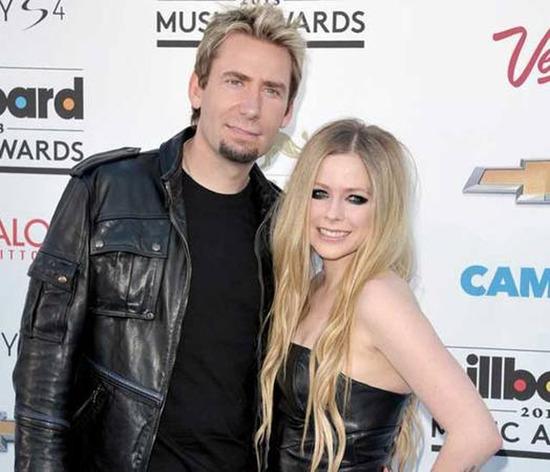 Avril Lavigne Matrimonio In Nero : Abiti cerimonia taglie forti negozi roma abito da sposa nero