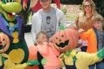 Giochi e passeggiate, Totti e Ilary a Gardaland con i figli