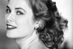 Grace Kelly e il mistero sull'incidente, un libro svela: c'era lei alla guida