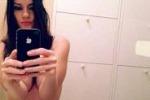 Quando l'autoscatto diventa hot, tra le vip è selfie-mania