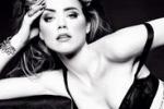 Amber Heard, la fidanzata di Johnny Depp posa in lingerie