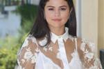 Selena Gomez, star ad Ischia: voglio crescere nel cinema