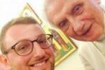 Il primo selfie di Benedetto XVI