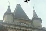 Messina, cade bandiera di bronzo dal campanile del Duomo