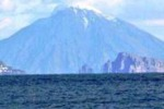 Freddo record in Sicilia, Stromboli imbiancato