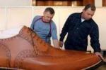 Arriva dall'Ungheria la scarpa gigante