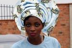 Il nuovo trend: dalla Nigeria arriva la sciarpa turbante