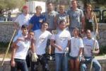 Aspra, volontari in campo per ripulire marciapiedi e aiuole