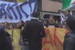Gli studenti palermitani scendono in piazza: il video