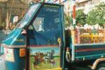 Lambrette e carretti: la Sicilia scende in strada - di Gigi Petyx