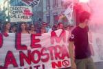 Palermo, manifestazione No Muos a piazza Politeama: le immagini