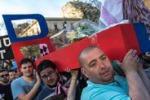 Serie B, il funerale del Catania nelle immagini dei lettori