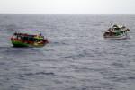 L'Interpol: 50 sospetti combattenti dell'Isis arrivati in Italia coi barconi, ma il Viminale smentisce