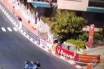 Tifosi a Montecarlo, spunta una bandiera rosanero dal balcone
