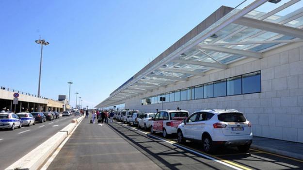 Aeroporto, passeggeri, Palermo, Economia