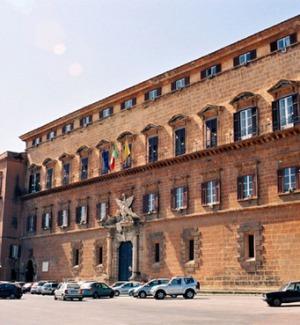 Istituti case popolari, la commissione dell'Ars boccia le nomine dei presidenti