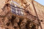 """Ragusa, a Palazzo La Rocca la mostra """"Oneiros"""""""