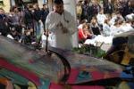Le lamiere contorte diventano arte: iniziativa a Sanremo