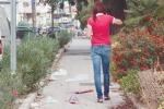 Cestini pieni di rifiuti e strade sporche, il Comune sanziona l'Igm