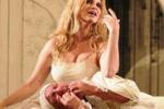 Teatro, Debora Caprioglio in scena a Siracusa
