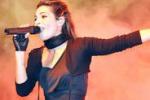 Carmen Serra canta in duo a Marzamemi