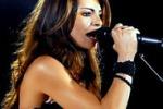 Carmen Serra, la cantautrice sul palco a Siracusa