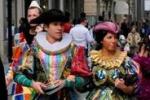 A Palermo il valzer si balla in piazza