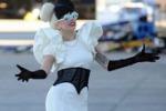 Lady Gaga, show all'aeroporto di Sidney