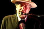 Bob Dylan annuncia su Facebook: torno con un nuovo album