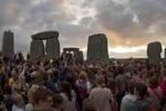 In 20 mila a Stonehenge per il solstizio d'estate