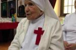 I 107 anni della suora più longeva al mondo: il segreto? La gioia