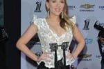 Scarlett Johansson incinta, primo red carpet con... pancino